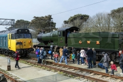 Crowds gather to que the engine exhibits on display for the GWR open day.